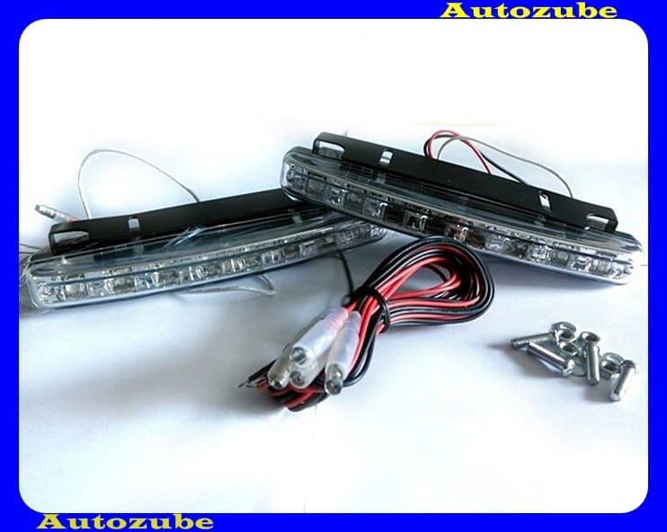 Nappali menetfény szett, univerzális (LED-es) ON-OFF vezérlővel, 6000K-es, 0,2W-os FLUX LED-del szerelve, E szabványos (szerelési útmutatóval) méret : 155x18x37mm SMP